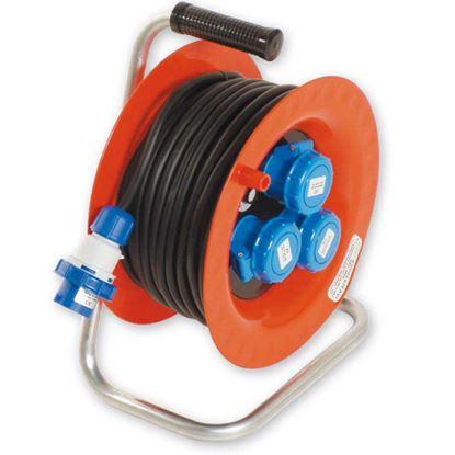Immagine di Avvolgicavo Industriale, 3x2,5 mm², PVC, spina 16A, 1800-3600W,  3 prese CEE 2P+T, 16A, disgiuntore termico, 30 mt, IP67